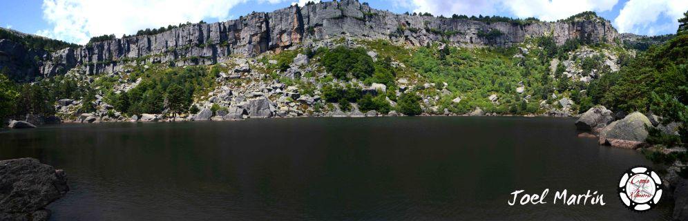 Panorámica de la Laguna Negra, en Vinuesa, Soria.