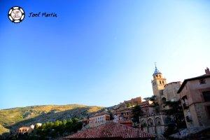 Albarracín, vistas desde la parte baja de sus murallas.