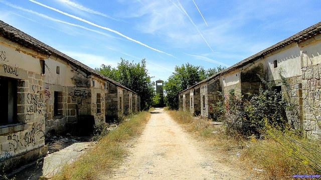 El Alamín, primer pueblo abandonado de la serie